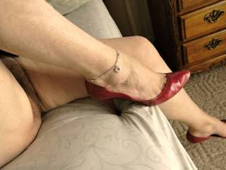 I love to tke off my nylons once in a while