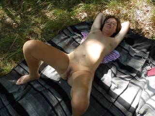 Would love you to invite me onto your rug and use my hig cock to fuck your hairy cunt