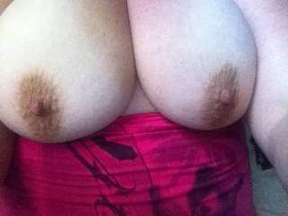 Mmm those are awesome tits, I'd love to take care of those big naturals
