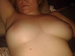 You look very hot! Would love to cover your sexy tits with my hot cum...