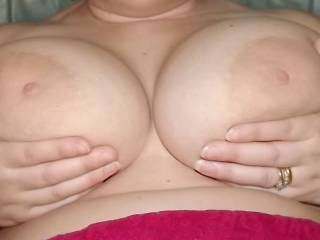 wow beautiful big silicone FREE boobs