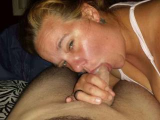 I love sucking cock specially my husbands
