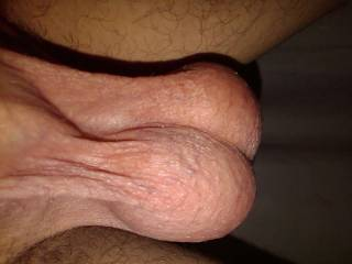 Wow.. nice set!!  Would love to see my wife sucking the shit out of them!!!