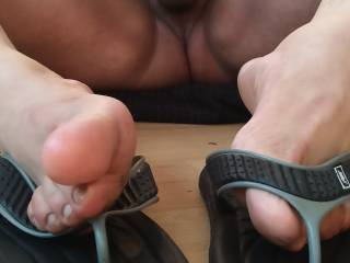 U like this view of my toes and soft cock?