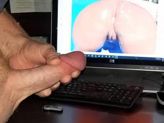 Wishing my cock was cumming on upnorthcoupel\'s perfect cum ass!