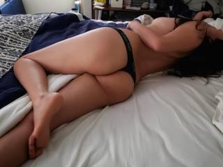 Love wearing thongs