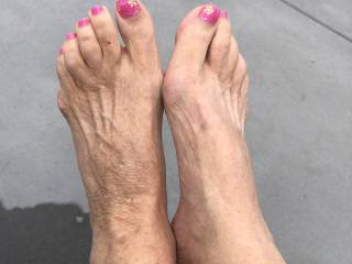 This was the first time in my life I was asked for a foot pic but here it is.