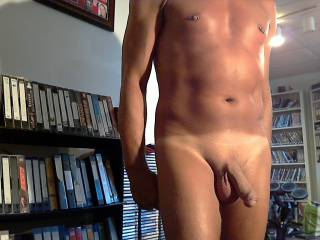 nice cock!! Love your smooth body!