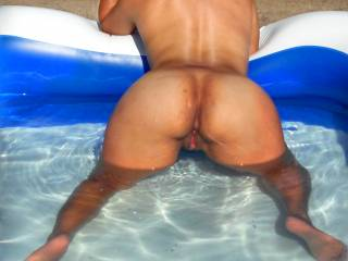 Enjoying a summer day waiting for cock