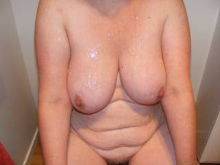 who else wants to cum all over this big naturals