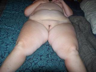 Yu are a lucky man to have such a hot fat pussy for pleasure... I would love to mount up.. love that smooth bare pussy crack she's got