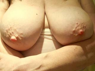 Mabel\'s magnificent big boobs are out of the wet t shirt. Fancy a nibble on those nipples?