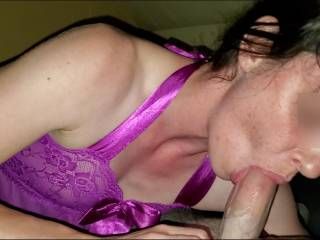 I love sucking the orecum out of his cock