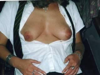 lovely tannes titties,very suckable!!