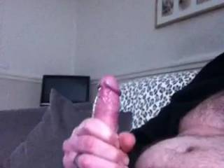 I would love to feel you erupting inside me it seems like you cum quite explosively.It would be great to also make you erupt like this between my breasts as you wish xxx