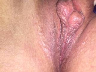 I would like to lick, finger, fuck and creampie this delicious pussy