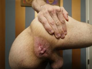 Spreading my hole for all of your guys to blow your cum into!