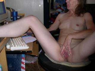 Very hot and such a sweet pussy. My tongue and cock would love to make that sexy lady cum all day