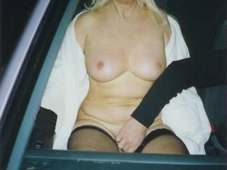 naked in the car with frind