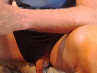I love it when hubbies cock just drops out of his shorts Mmmm....