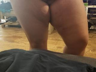 fun candid pic of her pussy