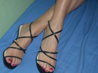 sexy sandals and feet of my gf