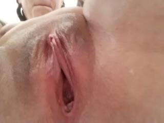 Just got out of the shower to masturbate... Who wants to come fuck me??