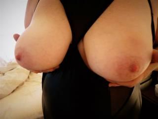 Mmmmm - big bouncy boobies to splurt your warm creamy cum all over!