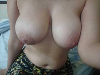 The girlfriend was feeling down and ugly. I told her that, if she can\'t love her body, then she should give it to who love it, like the guys looking at her in the streets. So she overcome any pride to just show her naked boobs to anyone who desires it.