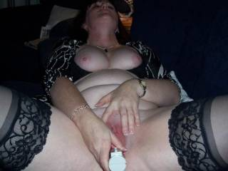 Love watching a woman with her toys. Would love to lick the toy and pussy clean after and then .....
