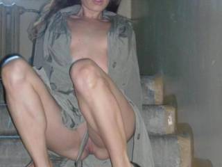 If i was the neighbour, I would love to visit your pussy more then my own appartment mmmmmmm