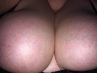 would luv to cum all over your sexy tits