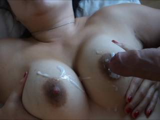 Yr wife obviously enjoys u pishing spunk over her lovely, big tits. I'd enjoy pishing spunk over her tits as swell, and I'd also luv to tit fuck yr wife. Of course, I'd luv to fuck her cunt hole as well.