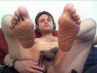 showing my feet and dildo ass play on open cam, love it when I get women enjoying my ass play or feet, I love getting sleazy for them, any women here like a sleazy boy on cam?