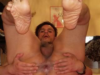 Naughty boy slut wants u to use my ass as u like, I\'ll be ur bitch will u lick my smelly toes as my reward?