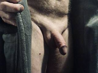 Love to open my robe and show off my penis.