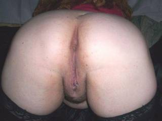 What an AWESOME PIC!! I want you Doggy Style BAREBACK, NO CONDOM!! My Cum oozin out of your pussy!!