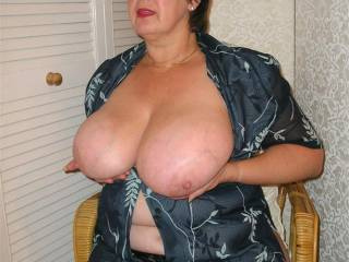 oh this horny 58yr old guy them w-s-m  love your big tits wish I  could suck on them