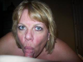 Mrs Daytonohfun is an incredible cock sucker!  She gave me head as her hubby watched his wife in action...