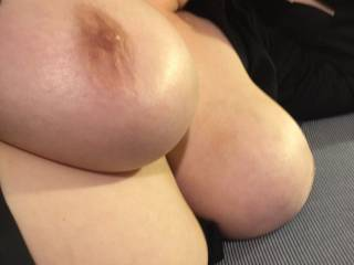 Mmm damn love those tits. wish I lived next door. Would love to lounge around with those beauties. Mr. lew