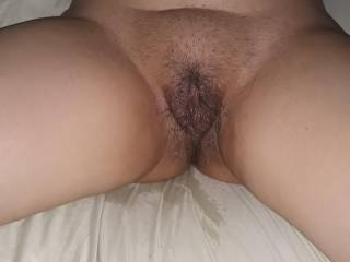 Wifes super wet pussy and she\'s a squirter.