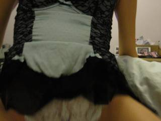 Love to pull those sexy knickers aside and slide my horny Aussie cock into her sexy hairy pouch..