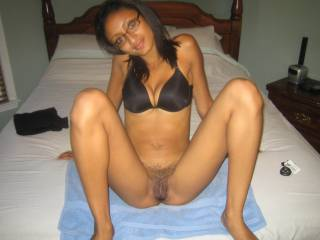 my friends girlfriend she lost a bet so we get to shave her pussy and I took pics