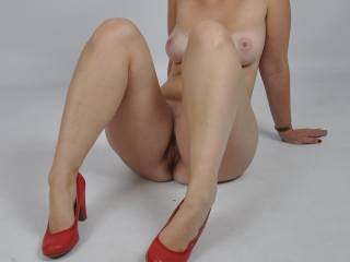 What a killer body,..... I wish my tongue was between your pussy lips until you grab my hair to pull me up and beg me to start fucking, mmmmmm