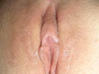 let him shave my pussy clean, as he was very keen to eat my freshly shaven pussy.