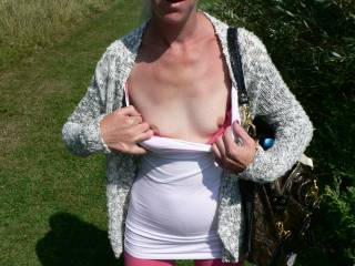 the wife flashing her tits while we were on holiday