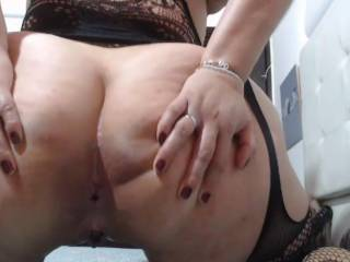 Spreading my big ass and grtting my hole ready