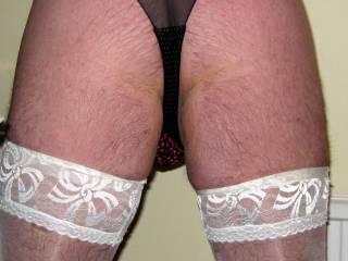 Will someone stroke my stockinged thighs?