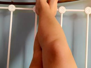 Just legs! Do you Wanna work your way down from my toes to my ……. ?💋