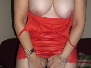 Lovely! Love to cum all over those gorgeous tits!
